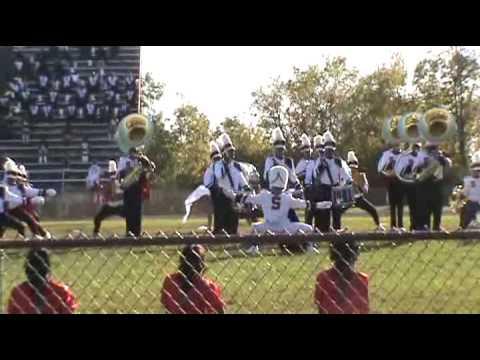 Shaw High School Drummajor Gets Down