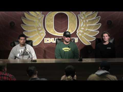 Oregon Football Players React to Helfrich Firing