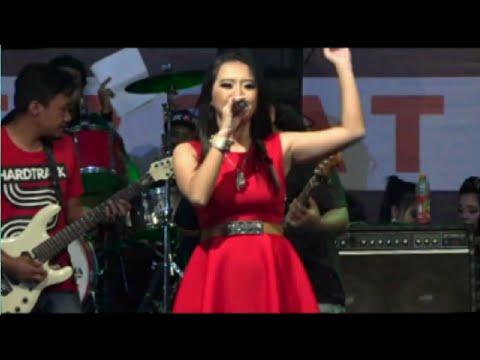Rena kdi terbaru - Layang kangen _ PRADANA live september 2017