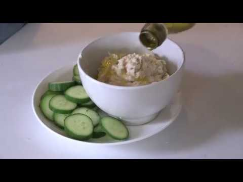 How to Make White Bean Dip with Rosemary