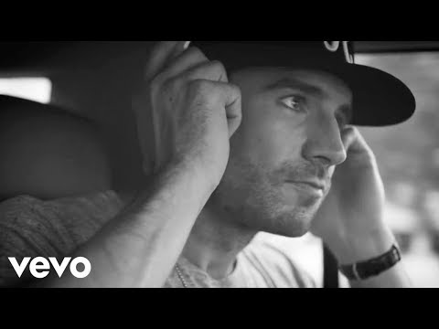 Sam Hunt - House Party (Live From The Street Party)