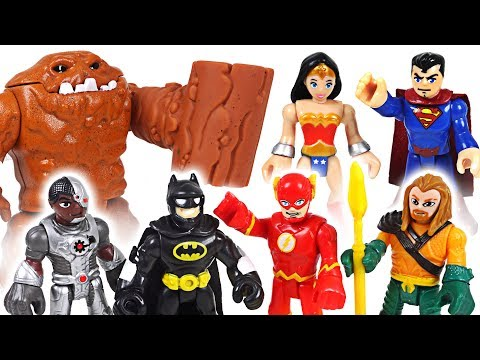 Sand monster, insects are appeared! DC Justice League Batman, Superman! Go! - DuDuPopTOY