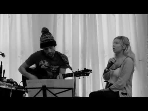 Hannah Jones and Dan Tovey cover 'Kingston Town' by UB40