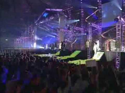Shinhwa 2003 Live (Yo! Jam)