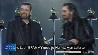 Con un topless, Mon Laferte protestó en los Grammy contra el Gobierno de Chile