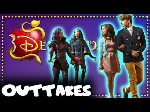 BTS: Disney's Descendants    Dove Cameron \u0026 Sofia Carson
