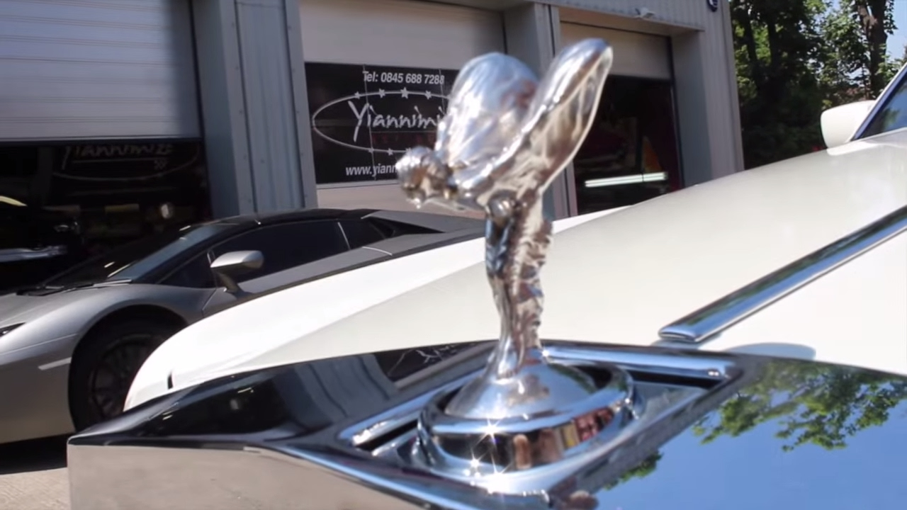 Rolls Royce phantom Limousine Gets Wrapped in Pearl White ...