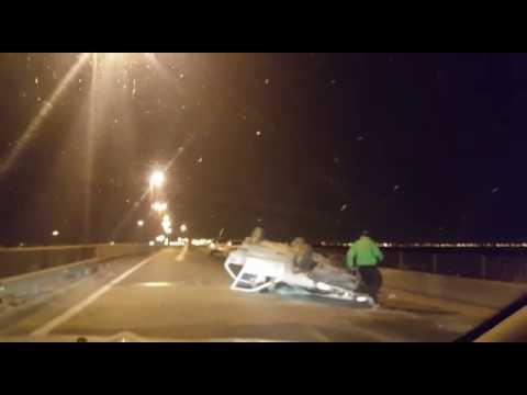 Dos santafesinos sufrieron un accidente y vuelco sobre la ruta 168