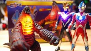 リアルフィギュアシリーズの怪獣第1弾EXレッドキングのレビュー動画です...