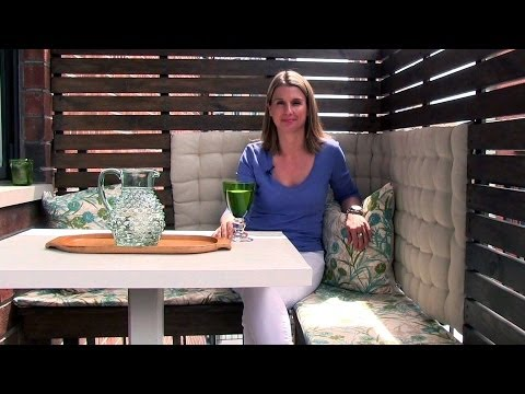 How to create an outdoor dining area on a small balcony