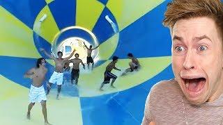 Als diese Jungs in der Wasserrutsche spielten, passierte es...