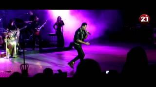"""Romeo Santos - """"Amigo"""" (Live)"""
