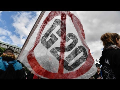 G20 protests: Police, protesters clash in Germany