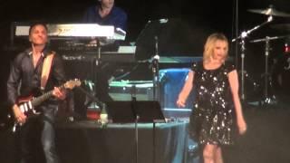Jeanne Mas - Concert sur la scène flottante de Agde 2013 - Caméraman Amateur de Béziers