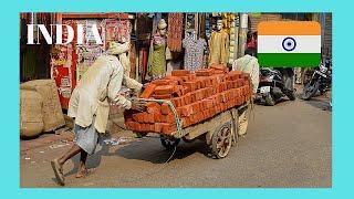 INDIA: EXPLORING AGRA'S fascinating & colourful KINARI BAZAAR