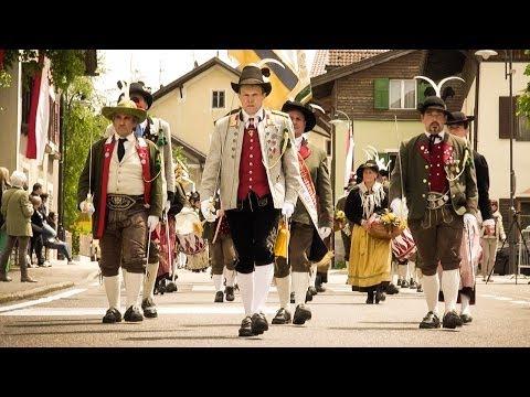 23. Treffen der Alpenregion der Schützen 2014 - Festumzug