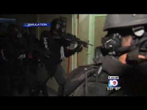 Local SWAT team training at Technon Tactical - Hollywood - Miami - Florida