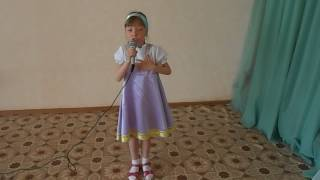 """Песня """"Колечко"""". Исполняет Нестеренко Валерия. Д/с № 42 """"Пингвинчик"""",  г. Верхняя Салда."""