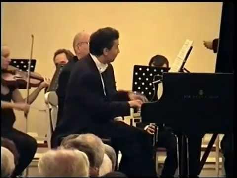 DINO MASTROYIANNIS plays MOZART in St.Petersburg