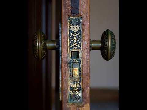 Old Creaky Wooden Door Open And Close Sound Effect