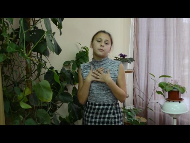 Изображение предпросмотра прочтения – КушнирОльга читает произведение «Свинья под дубом» И.А.Крылова
