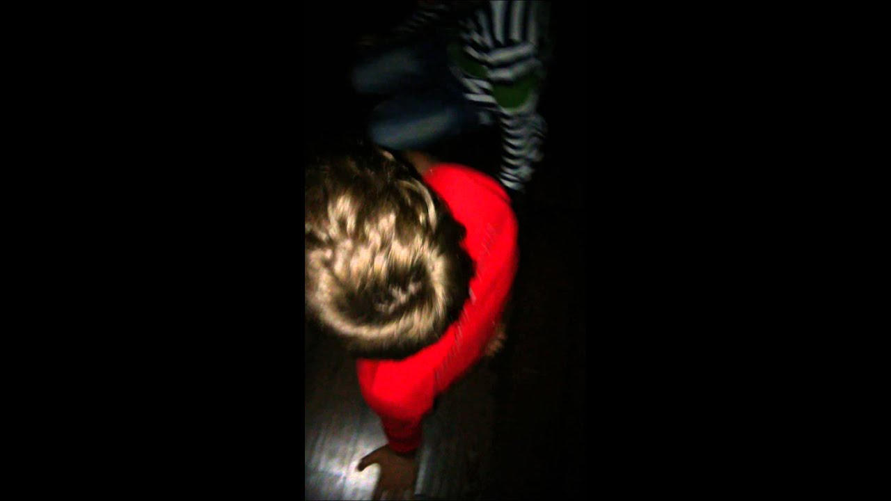 Видео семья играет вбутылочку фото 24-601