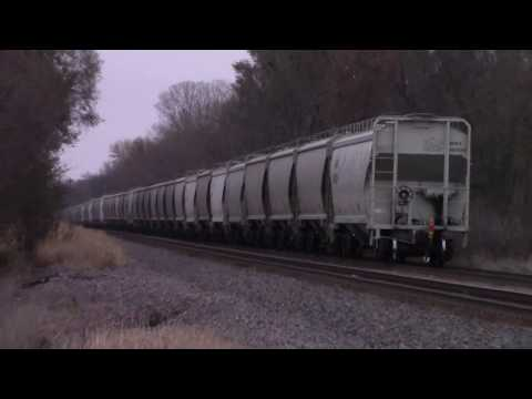Union Pacific covered hopper train at Dakota Ave, Ames, Iowa