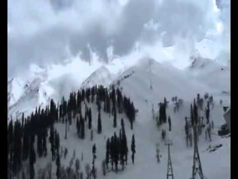 Gulmarg, Kashmir Tour/Holiday/Honeymoon Trip From Pune.