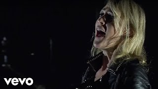 Metric - Gimme Sympathy (Live on the Honda Stage)