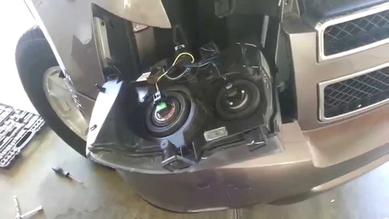 20072014 GM Chevrolet Tahoe  Headlight Removed To Change Bulbs  Turn Signal, DRL, Side Marker