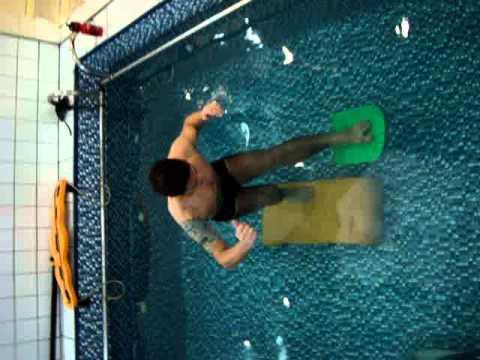 Ii treinamento sens rio motor em piscina terap utica for Motor piscina