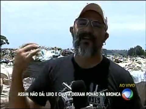 Moradores de Santa Maria reclamam de lixão na cidade