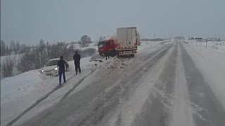 ДТП Тюмень -Тобольск, 200 км,  27 февраля 2017, Мат 18+