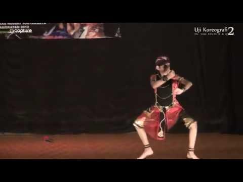 uji-koreo-2[2012]-tari-sang-pratiseno-karya-suhari-ratmoko(labkar-fbs-uny-)