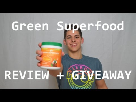 Amazing Grass Green Superfood Review & Giveaway