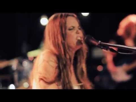 Bonnie Bishop - Right Where You Are (Live)