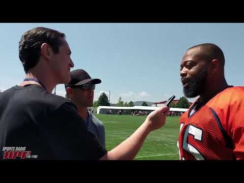 Leary preaching communication with Broncos linemate Bolles