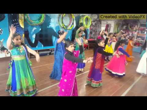 PREM RATAN DHAN PAYO DANCE BY GIRLS LOTUS...