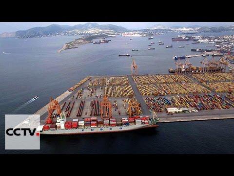 COSCO acquires majority stake in Greek port of Piraeus