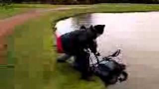 3 wheel golf trolley makes a splash