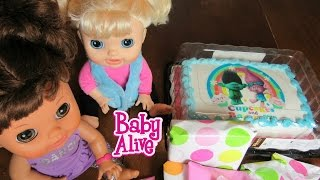 BABY ALIVE Cabbage Patch Doll Cousin Birthday Party Haul! Troll Cake, Presents + more! Part 1 of 2