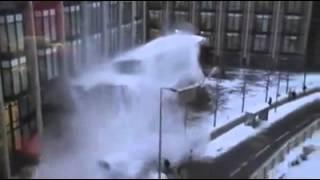 Les hommes face à la neige Thumbnail