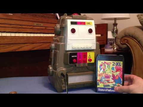8Track Robots: 2XL Talking Trivia Toy from 1978