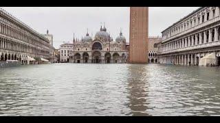 Acqua alta a Venezia ecco cosa significa vivere nella città sommersa
