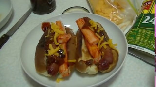EatEating: Super HotDog Dish w. Sushi Style Crab Meat w. Cheese and Fig Condiments