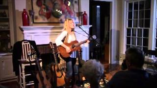 "Lizanne Knott - ""Long Way"""