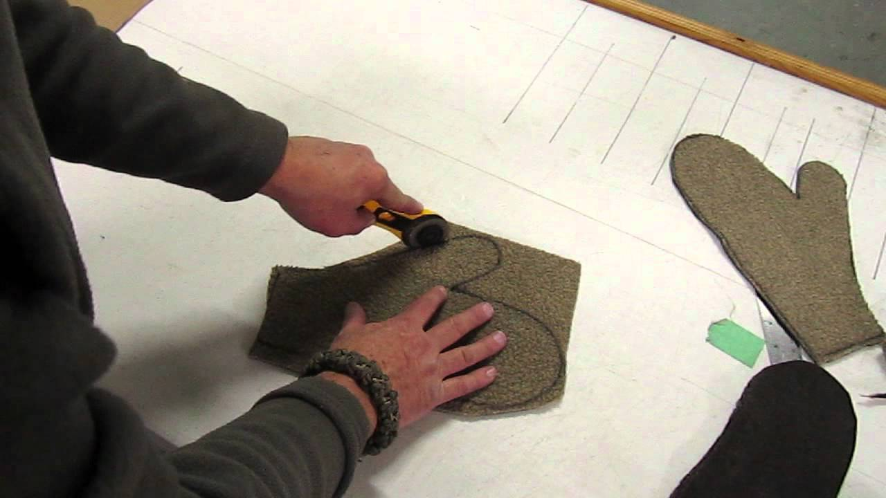 make warm mittens it s easy youtube