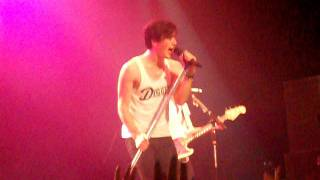 Allstar Weekend - Yeah 3x (Pop Goes Punk Cover) (Live)