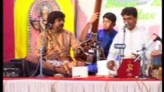 Pravin Godkhindi - Jayateerth Mevundi - Jugalbandi, Brindavani sarang.mpg