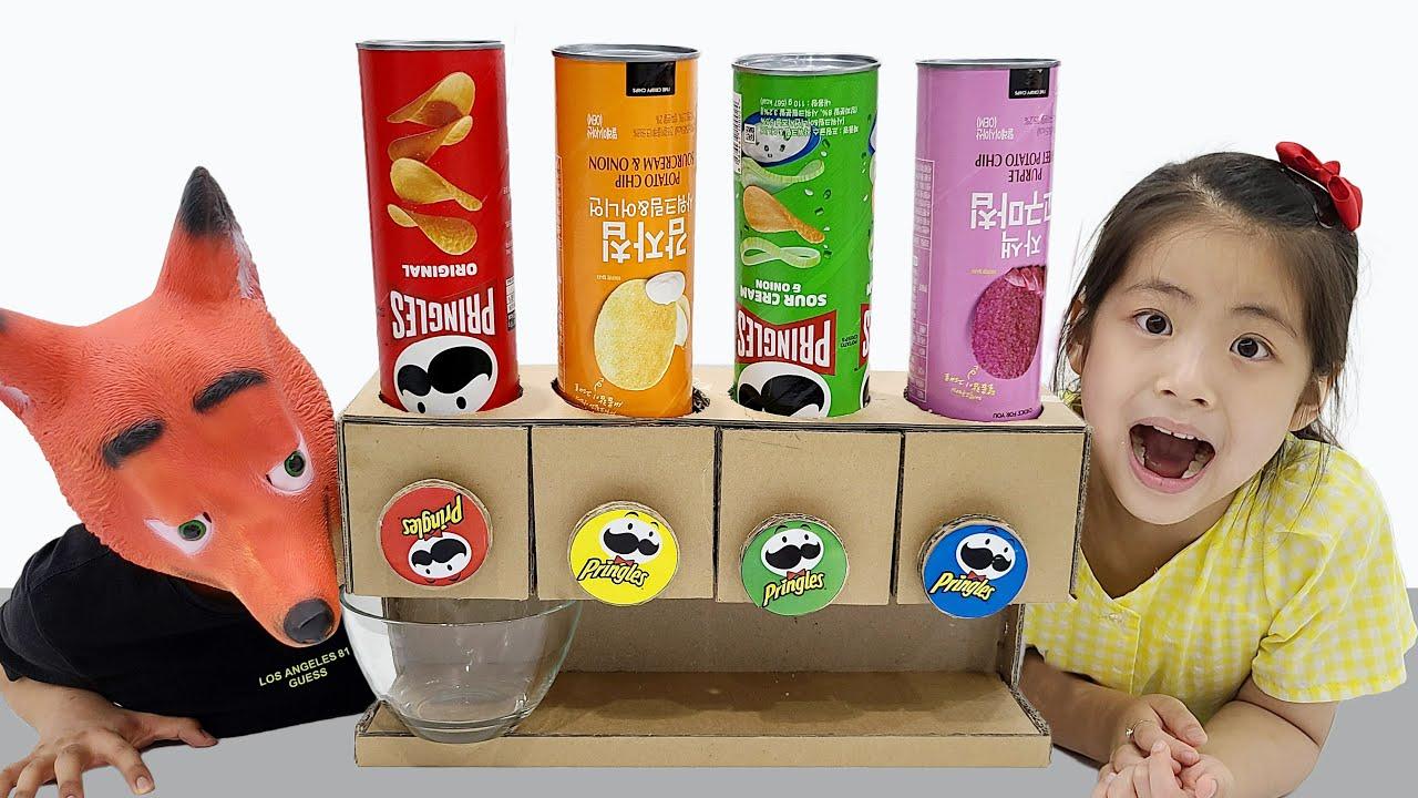프링글스는 어떻게 먹어야 할까요? 서은이의 프링글스 자판기 여우 아저씨 가게 이야기 Pringles Vending Machine